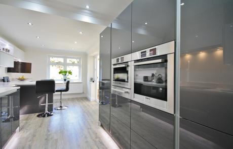 high-gloss-acrylic-kitchen-cabinets-Canada USA